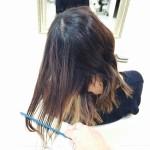 その行為・・・実は【髪を傷めるって知ってました!?】毎日のお手入れの中でしてはいけないこと!コーミング編♪♪@大阪@豊中
