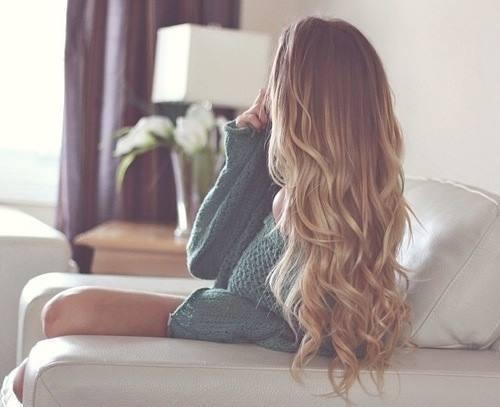 明るいけど金髪に見えるのはNG!外国人風ミルクティーアッシュベージュが人気♪